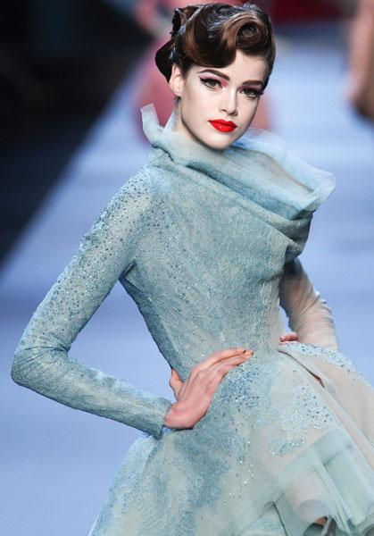 Christian Dior SpringSummer 2011 show - mylusciouslife.com