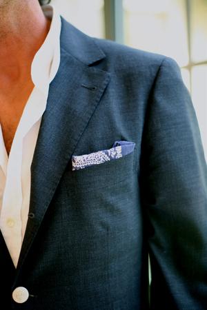 Navy blue blazer - www.myLusciousLife.com - Navy blazer style guide