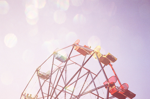 A luscious childhood - mylusciouslife.com - ferris wheel