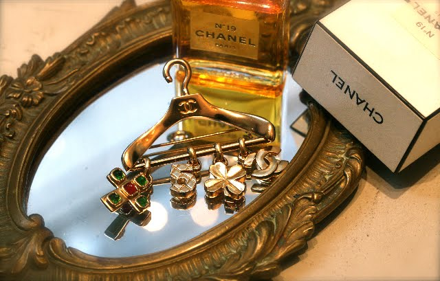 mylusciouslife.com - chanel brooch - Natasha Wood