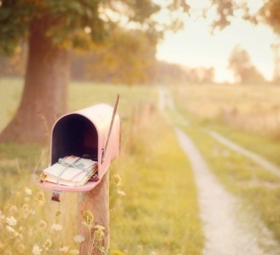 pretty letterbox - mylusciouslife.com - contact luscious