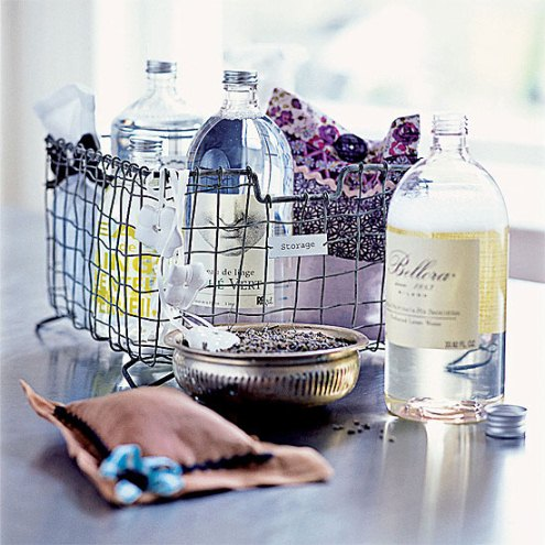 Laundries and mudrooms - mylusciouslife.com - Laundry basket