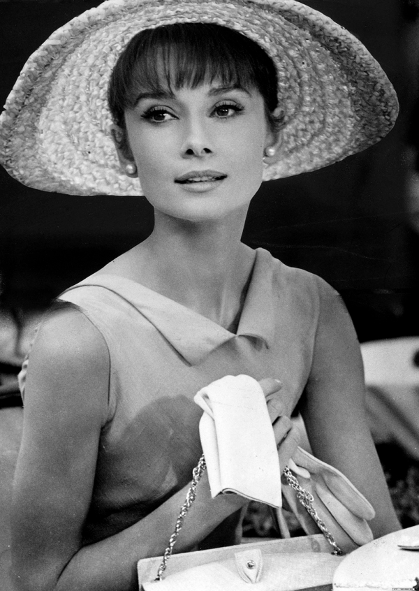 Audrey Hepburn quote - Audrey Hepburn with hat and gloves - mylusciouslife