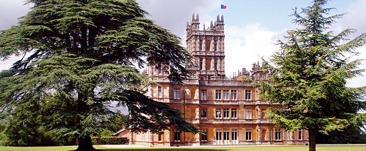 Downton Abbey and Highclere Castle exterior photo