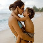 Health and beauty lusciousness - mylusciouslife.com - Mother kissing her son on the beach