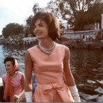 Jackie Kennedy with sister Lee