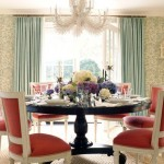 Sophisticated chandelier in the dining room
