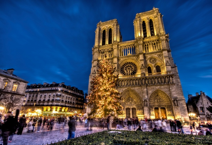 Christmas in Paris - Notre Dame Cathedral