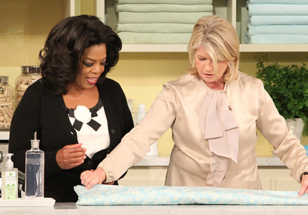 how to fold a fitted sheet - martha and oprah