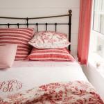 Photos of pink decor - myLusciousLife.com - Bedroom
