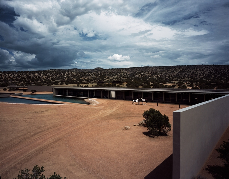 Exterior Tom Ford home in Sante Fe