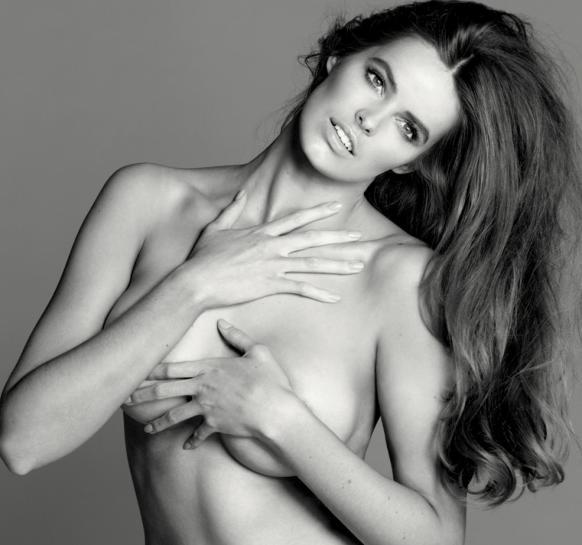NSFW: Robyn Lawley nude