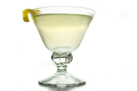 Martini-cocktail-mylusciouslife.com-1920s-cocktails