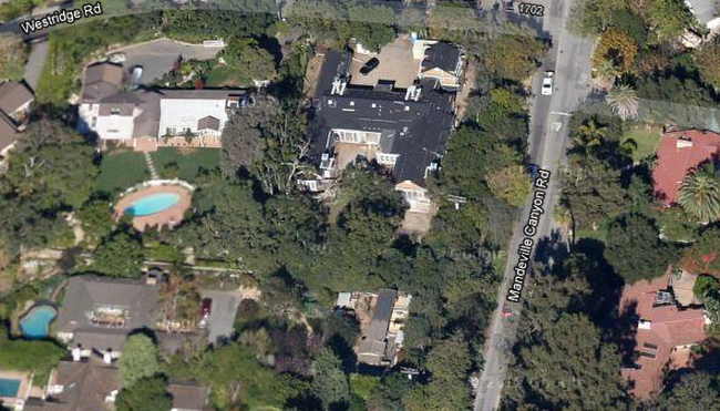 Aerial view - Gwyneth Paltrow home in Brentwood Los Angeles