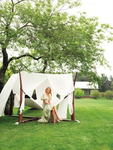 Gwyneth Paltrow at home - Hamptons House by Eric Cahan 2007