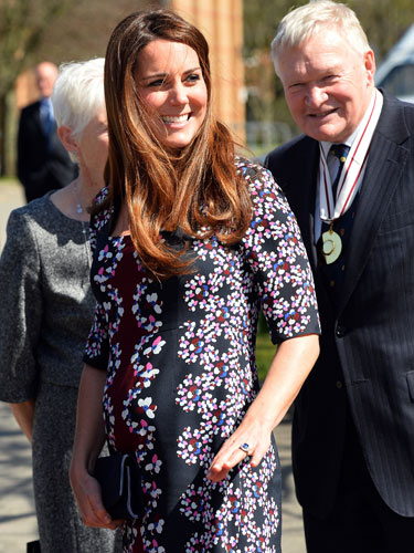 Kate Middleton maternity style dresses