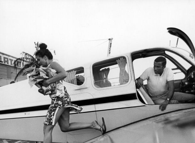 Lilly Pulitzer with husband Peter in 1963 - Life Magazine