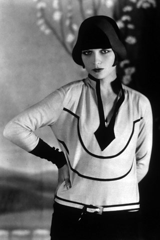 Louise Brooks - 1920s flapper fashion style