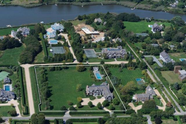 Aerial view of Jennifer Lopez Hamptons house in Water Mill New York