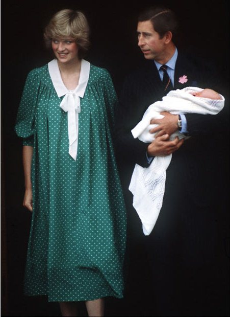 Prince Charles and Princess Diana leaving hospital with Prince William