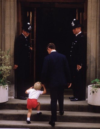 Prince Charles and Prince William visit Princess Diana at hospital on the birth of Prince Harry