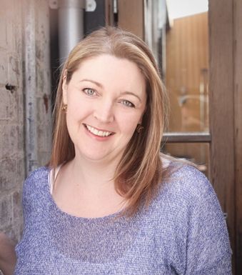 Emmie Dark, author