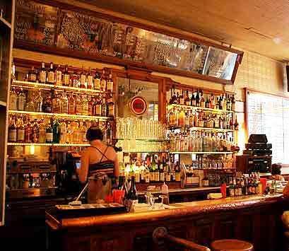 Bars in New York - Lucky strike bar in soho new york