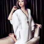 amanda-seyfried-by-ahn-jooyoung-for-harpers-bazaar-korea-july-2013