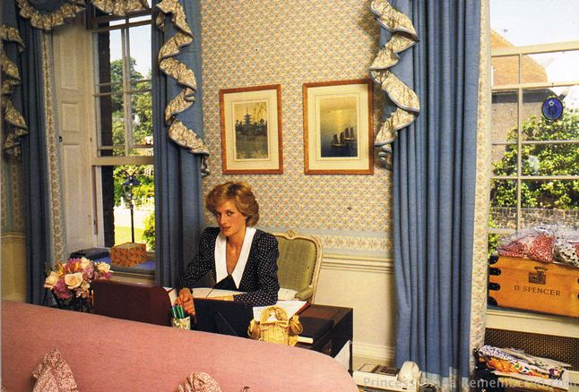 Princess Diana In Her Kensington Palace Apartment