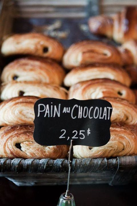 French living - pain au chocolate - French patisserie