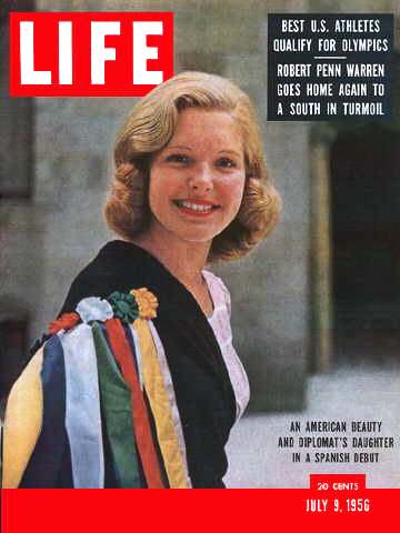 Beatrice Cabot Lodge on the cover of LIFE magazine