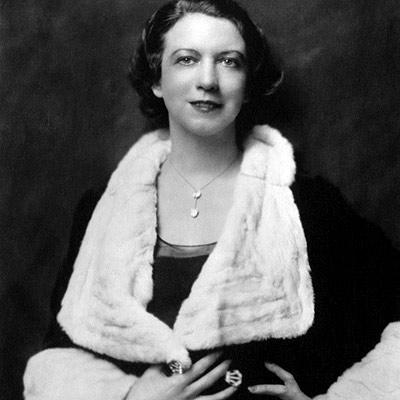 Elizabeth Arden - the woman behind the brand