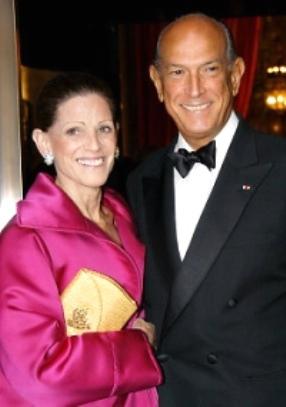 Oscar de la Renta and Annette Mannheimer Engelhard de la Renta