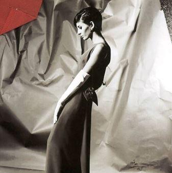 Oscar de la Renta fashion history