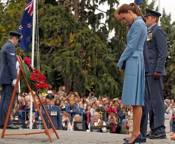WHAT KATE WORE: Kate Middleton fashion - NZ royal tour 2014 - blue coat
