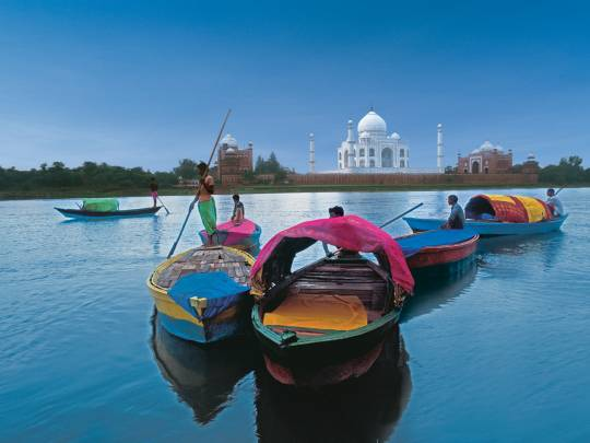 INSPIRED BY ASIA: Boats in front of the Taj Mahal India