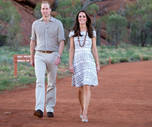 KATE MIDDLETON FASHION:  Catherine of Cambridge and Prince William at Uluru formerly known as Ayers Rock