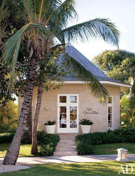 DESIGNER RESORTS: Oscar de la Renta shop in Punta Cana Dominican Republic