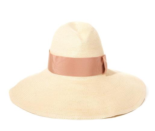 Resort style - Gucci straw beach hat