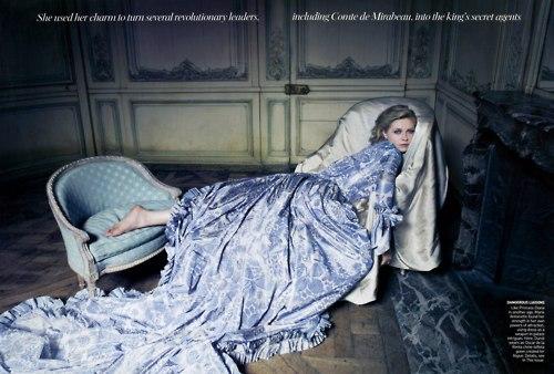 Vogue September 2006 - Kirsten Dunst in Oscar de la Renta by Annie Leibovitz