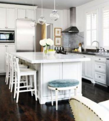 Popular On Pinterest White Traditional Kitchen With Marble Island
