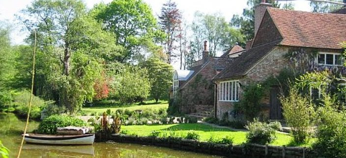 PHOTOS OF ENGLISH COUNTRY HOMES Tickerage Mill Cottage Near Uckfield In East Sussex England