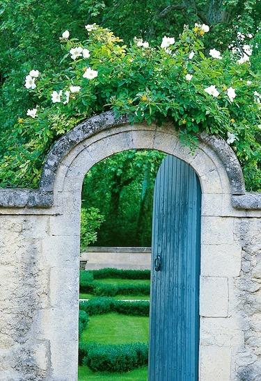 BEAUTIFUL GARDEN PHOTOS: Jean-Loup Dirand garden in the Camargue France