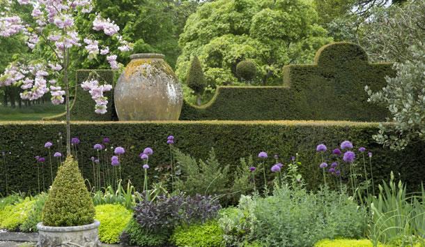 PHOTOS Highgrove House - Prince Charles - Tetbury England