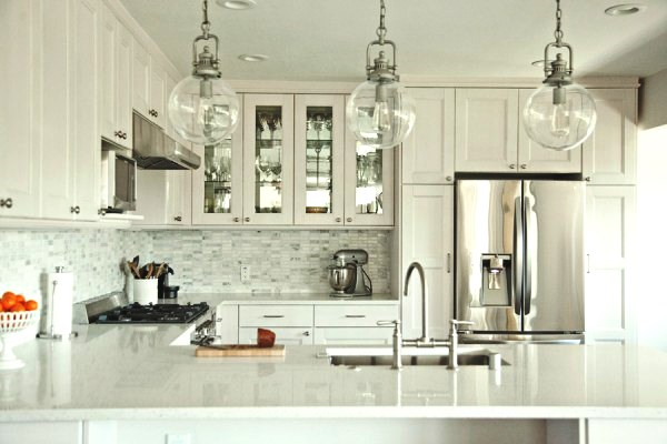 INSPIRATION ON A BUDGET: Beautiful IKEA kitchen by housetweaking.com via myLusciousLife.com