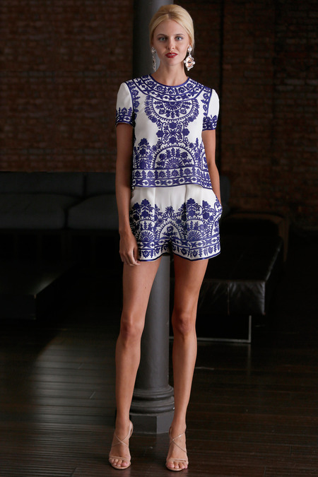 BLUE AND WHITE FASHION: Naeem Khan Resort 2015 collection