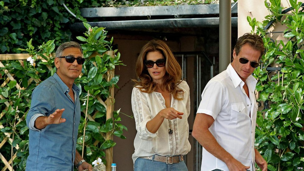 WEDDING: Clooney had breakfast with Cindy Crawford and her husband Rande Gerber on Saturday morning