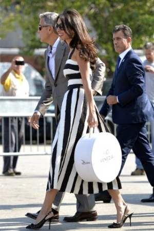 PHOTOS: George Clooney and Amal Alamuddin wedding in Venice - black and white dress
