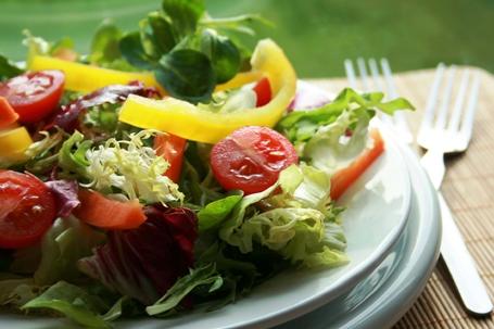 Photos of healthy food: Mixed salad