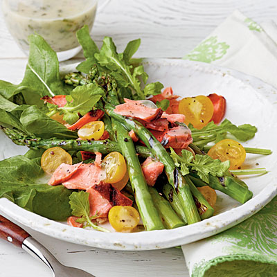 WEDNESDAY WEIGHT LOSS BLOG: Atlantic salmon and asparagus salad